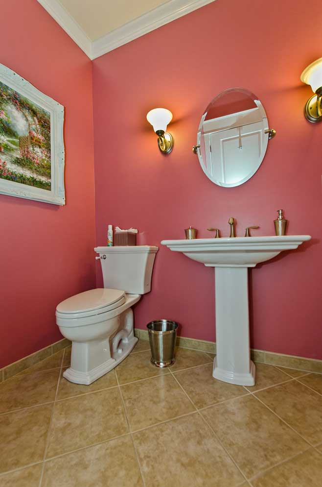 Natchez-Bathroom2.jpg