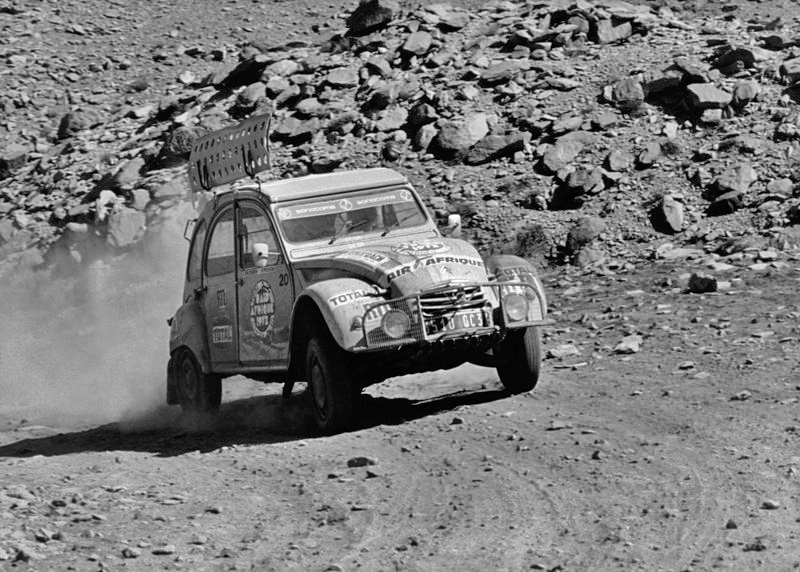 citroen 2cv rally.jpeg