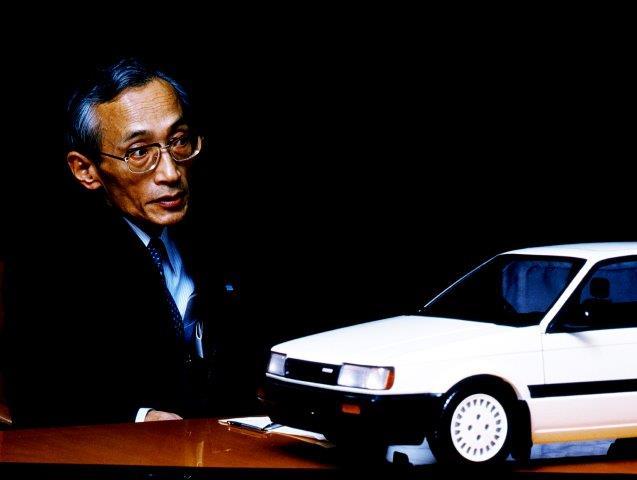 Kenichi-Yamamoto-Mazda-Familia-323.jpg