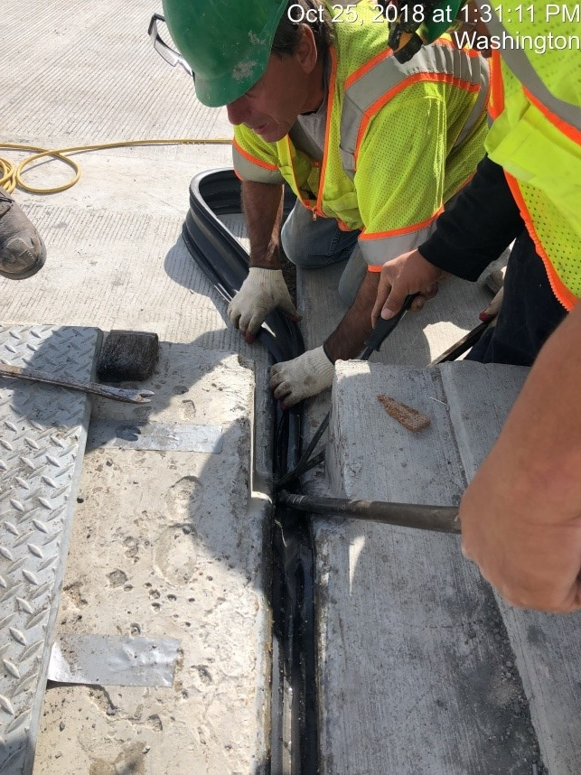 Expansion Joint Seal Installation - Phase 1 (Monroe Street Bridge North Side)