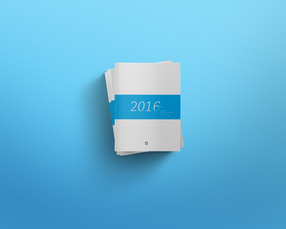 Cover-Magazine-Mockup-02.png
