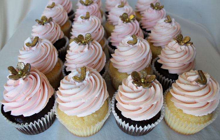 pink and gold bridal shower cupcakes jpg