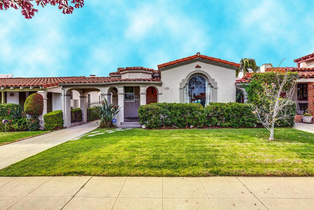 1725 S Garth Ave Los Angeles-large-002-18-ThoTif0012Upload02-1500x1000-72dpi.jpg