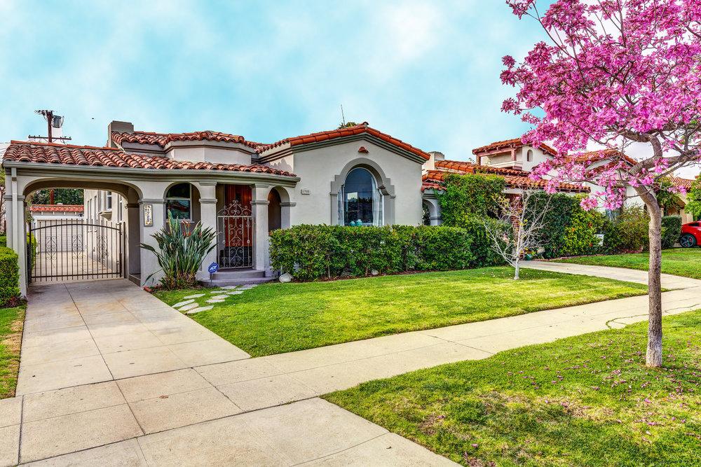 1725 S Garth Ave Los Angeles-large-001-19-ThoTif0012Upload01-1500x1000-72dpi.jpg