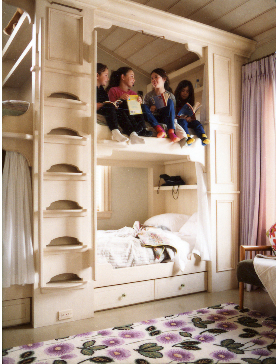 ATI---LL-Girls-Bunk-Bed-Bedroom.jpg---Photoshop_WEB.jpg