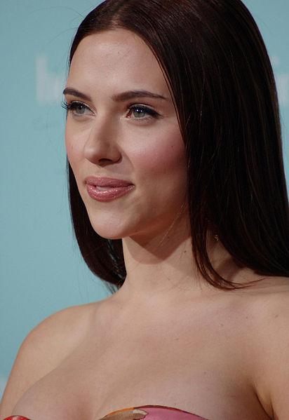 Scarlett Johansson Dolce & Gabbana