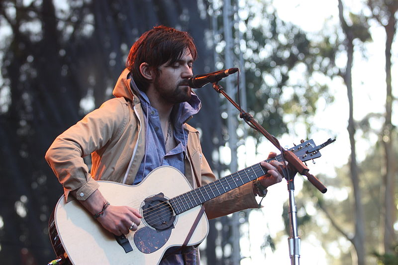 800px-Flickr_-_moses_namkung_-_Conor_Oberst_3