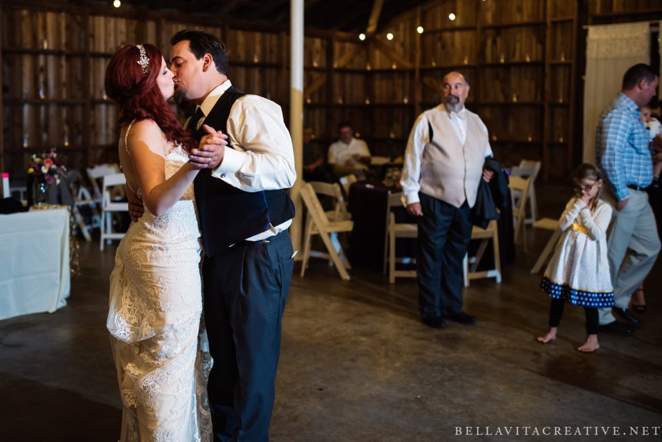 Maplehurst-Farm-Mt-Vernon-Wedding-Bella-Vita-Creative_0042.jpg