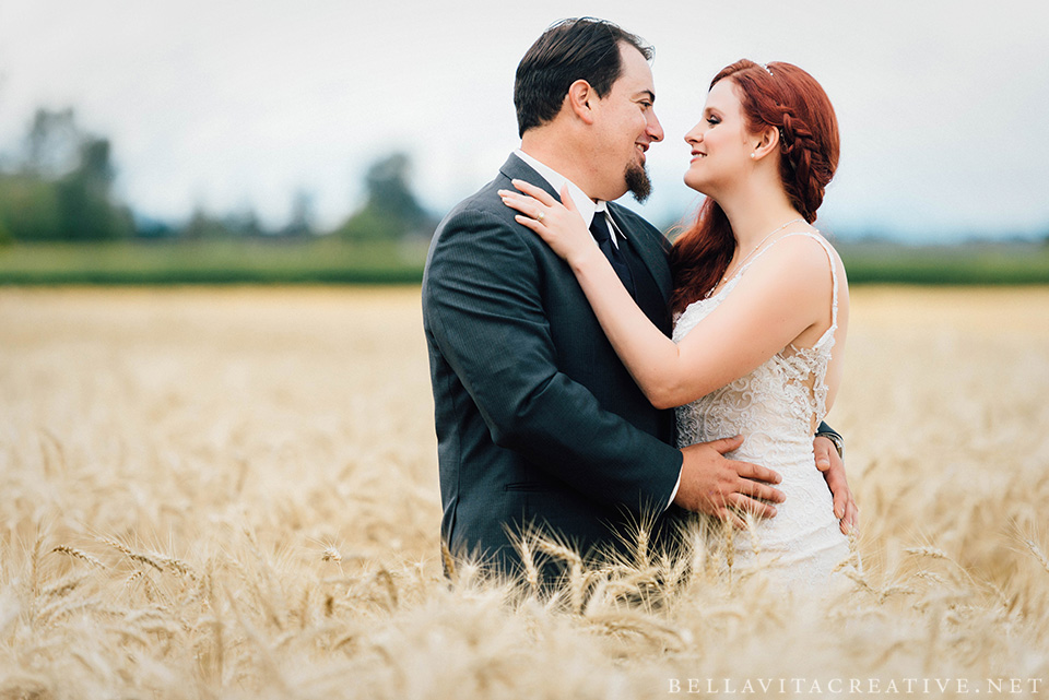 Maplehurst-Farm-Mount-Vernon-Wedding-Bella-Vita-Creative-004.jpg
