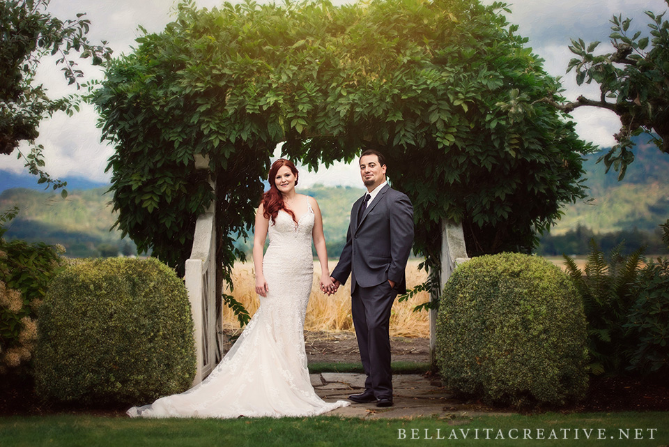 Maplehurst-Farm-Mount-Vernon-Wedding-Bella-Vita-Creative-001.jpg