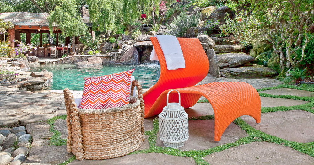 Kannola_contemporary_Maui_outdoor_chairs.jpg