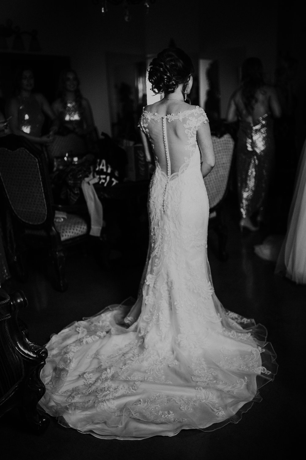 brittandhunter-texaswedding-brynnaisabell-gettingready (120 of 132).jpg