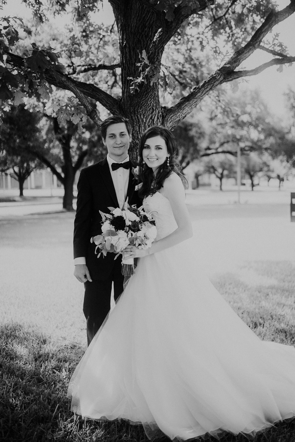 the-carrs-fortworth-tx-wedding-brynnaisabell (279 of 461).jpg