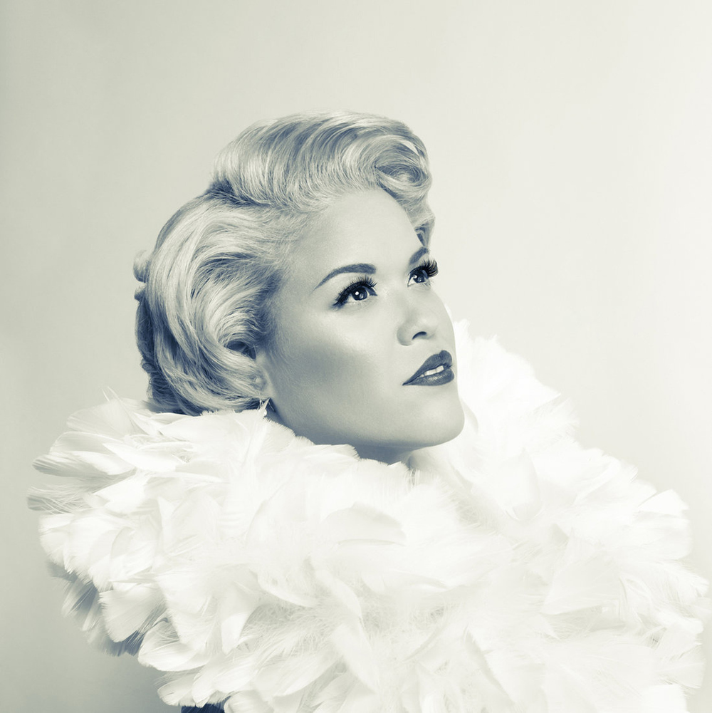 Custom portrait shot for  Shameless Photography , a retro inspired studio that uses photography to empower women  Involvement: Concept design, photography, post production, hair and wardrobe styling