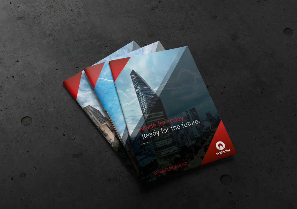 Kreuzer-Design_SDB_Ahead_Mockup-Broschüre_A4_Covers.jpg
