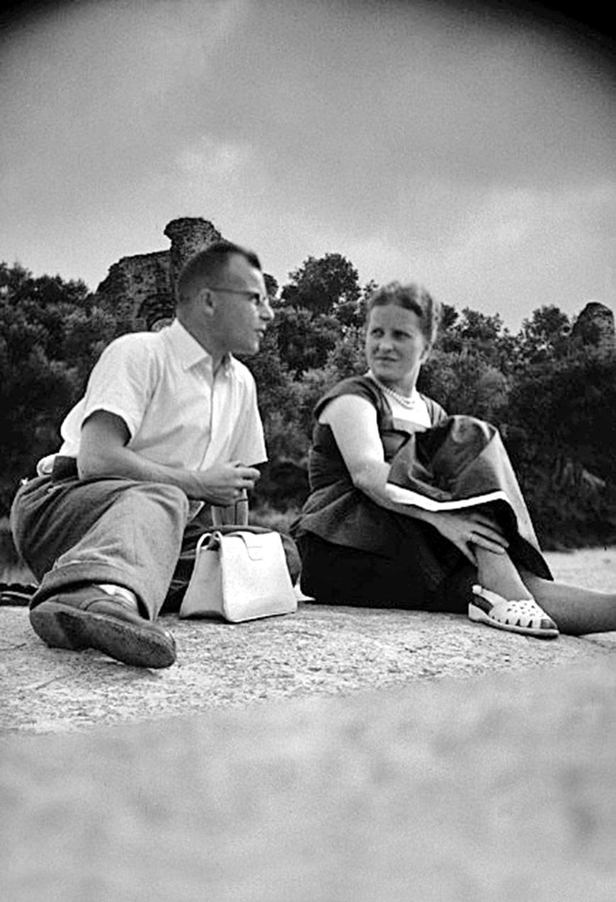 Fritz Gerber und seine Frau Elisabeth in Bergün 1946.