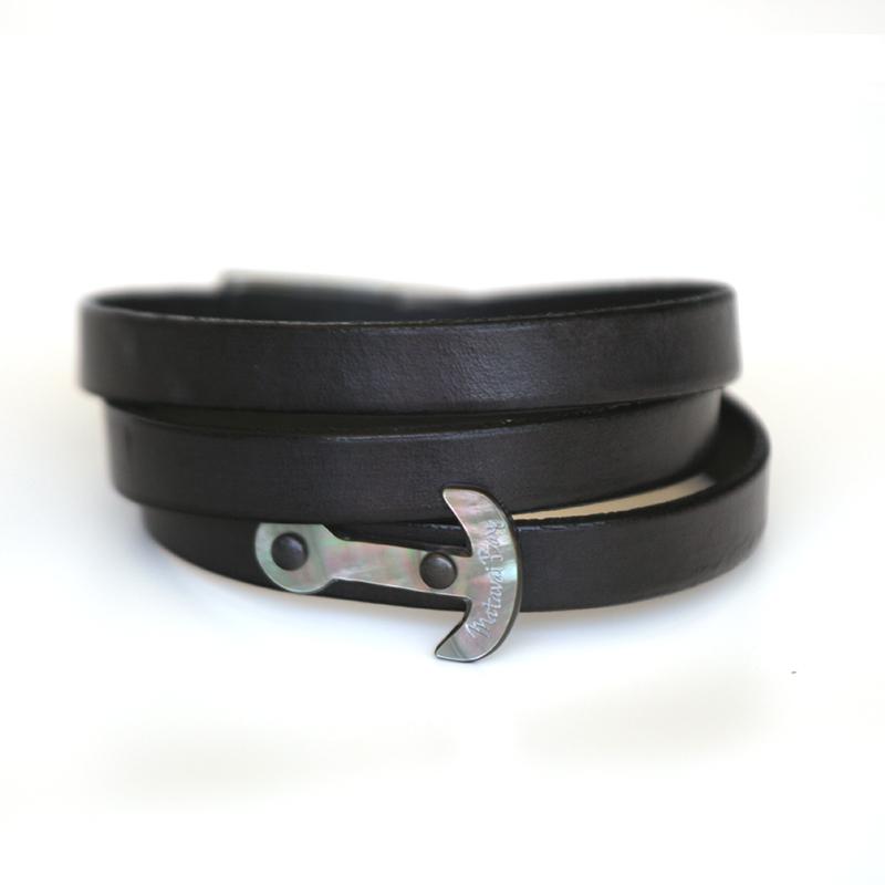 Bracelet en cuir triple rang