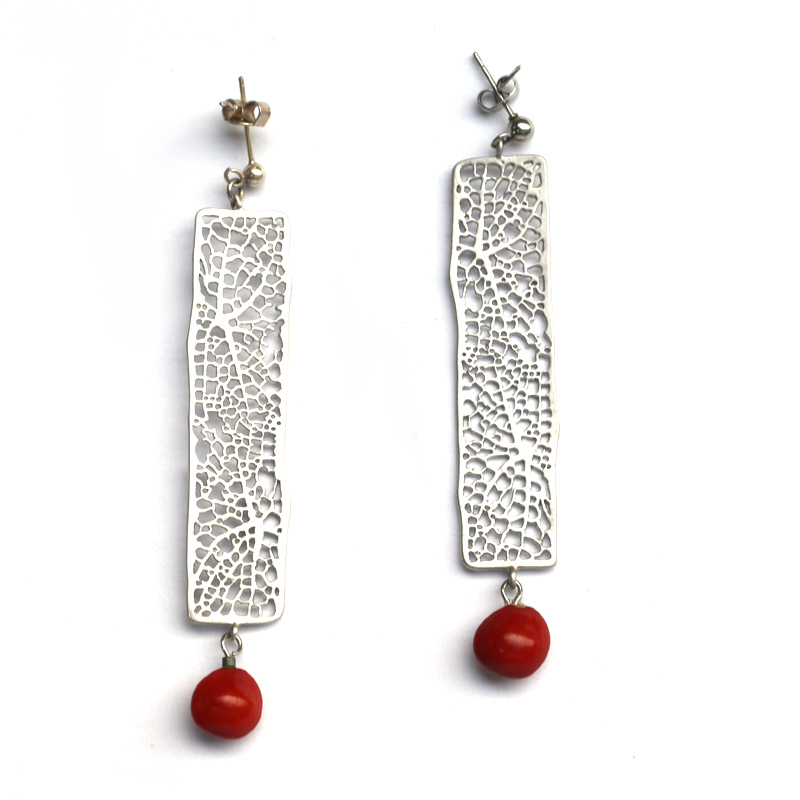 Tahitian earrings