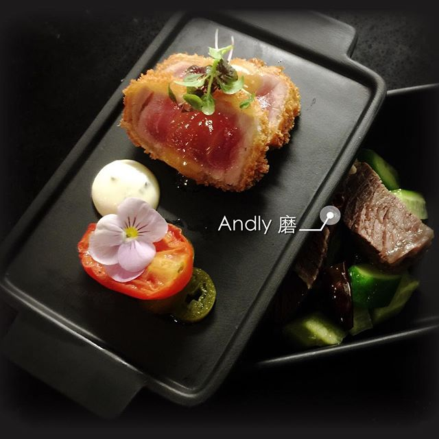 First Layer: Seared Tuna with Grilled Tomato, Second Layer: Salted Wagyu Beef with marinated Baby Cucumber #perthfood #perthfoodie #perthblogger #andlyprivatekitchen #chinesecuisine #instafood