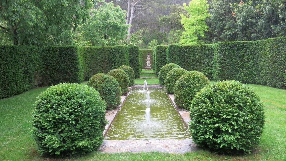 Canal Garden.jpg