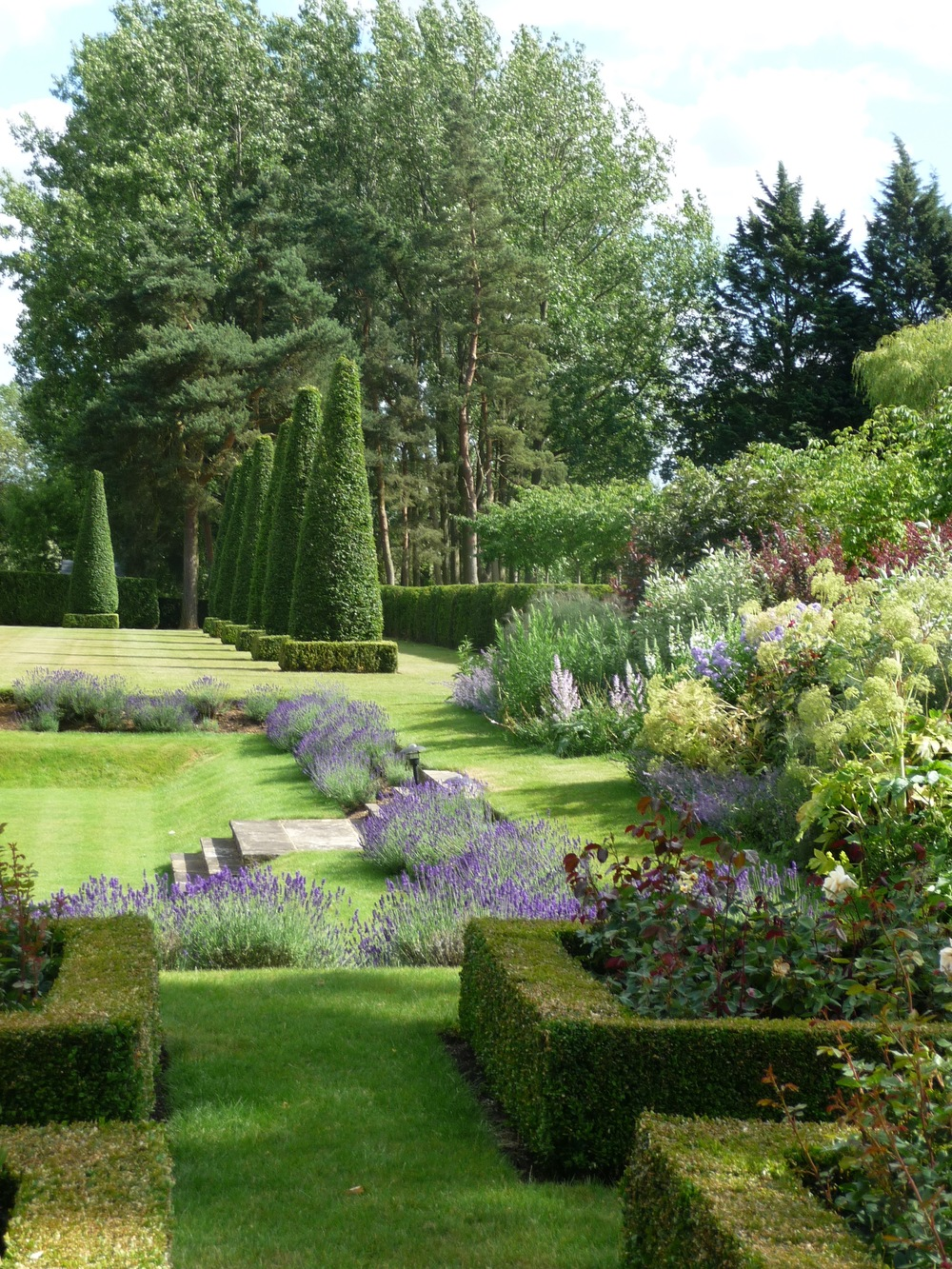 Topiary main lawn.jpg