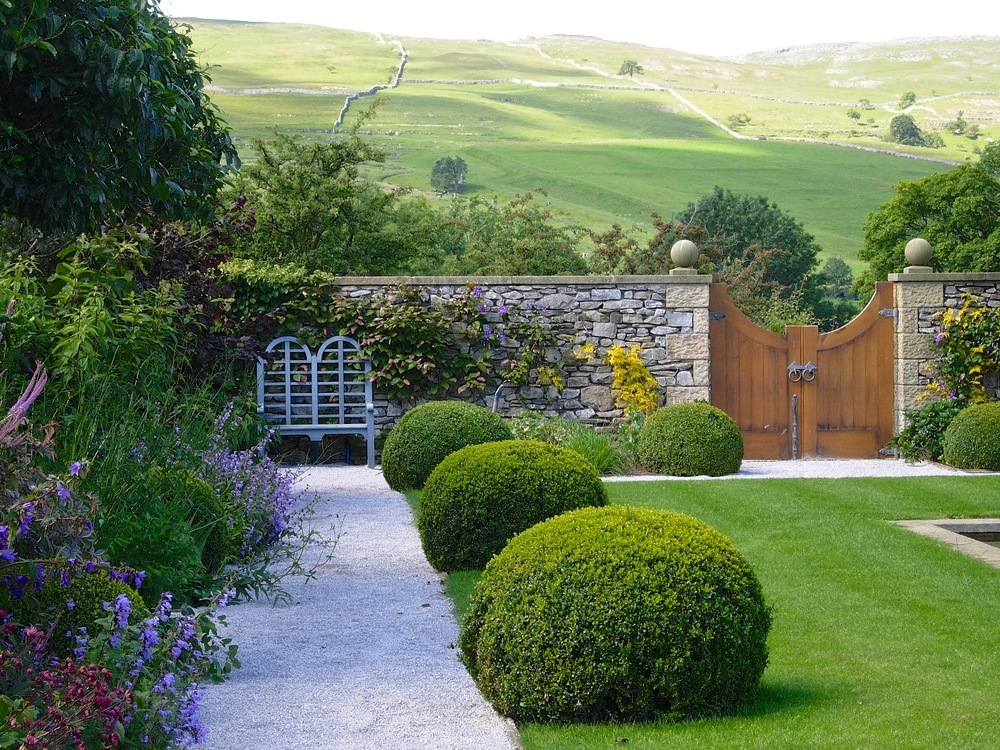 Walled Garden view of Dales.jpg