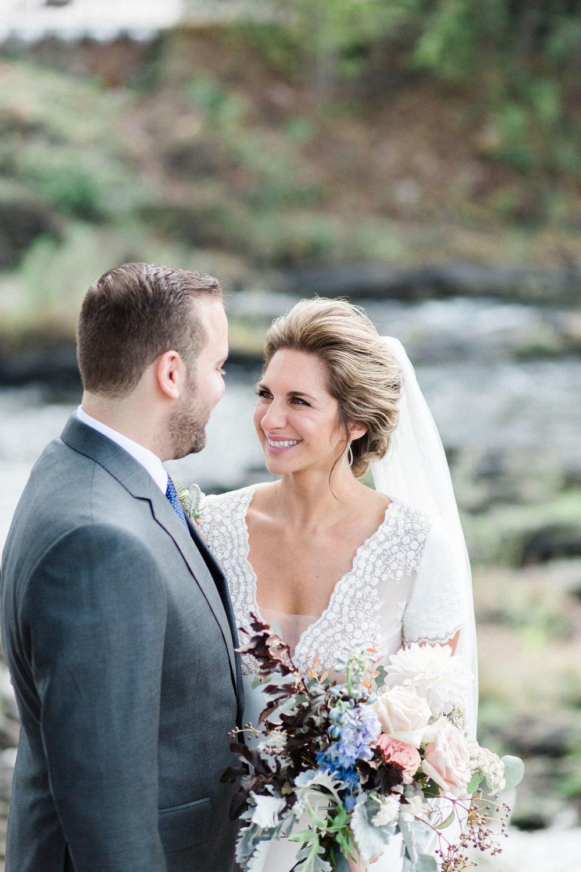 HiloandGinger-Brian+Dina_Weddingday_SneakPeek-13.jpg