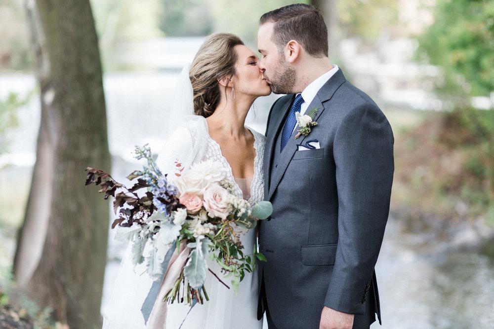 HiloandGinger-Brian+Dina_Weddingday_SneakPeek-17.jpg