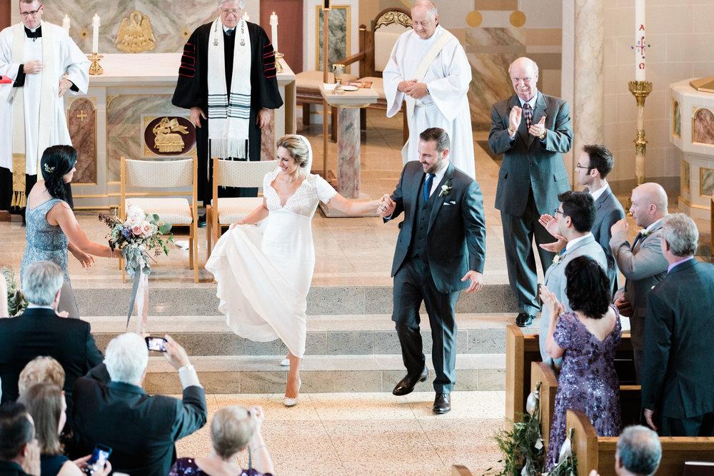 HiloandGinger-Brian+Dina_Weddingday_SneakPeek-28.jpg