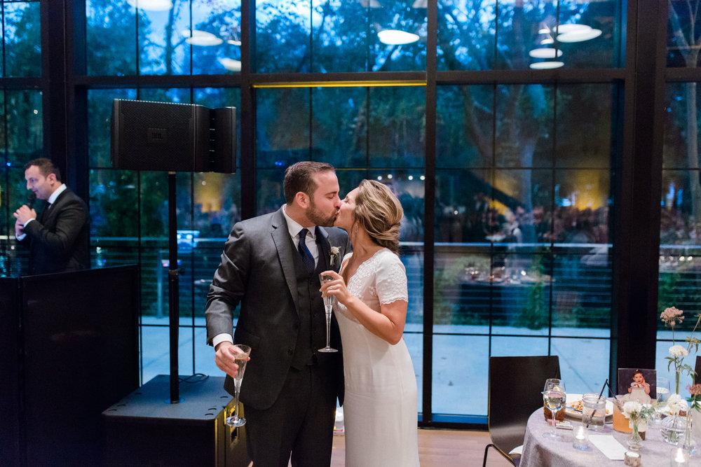 HiloandGinger-Brian+Dina_Weddingday_SneakPeek-62.jpg