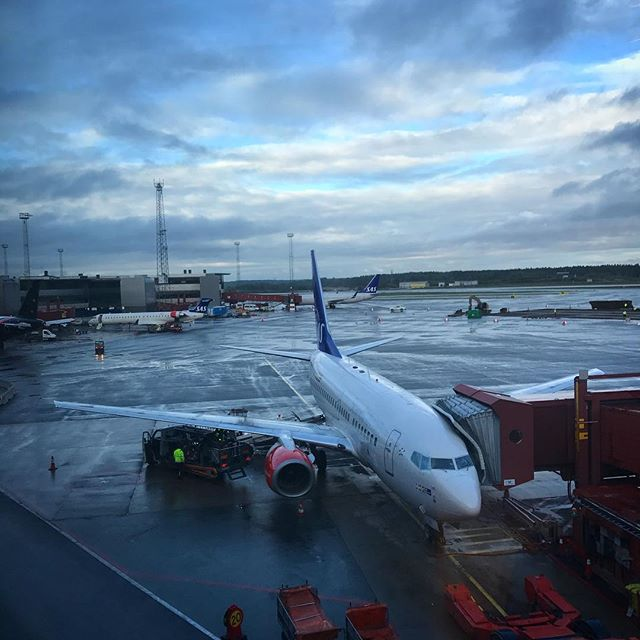 Catching the early flight to #Amsterdam for the @ibcshow #media & #technology conference #scandinavian