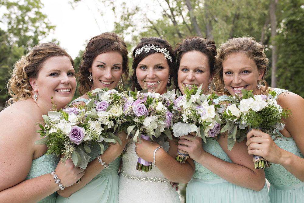 bride-bridesmaids-bouquets.jpg