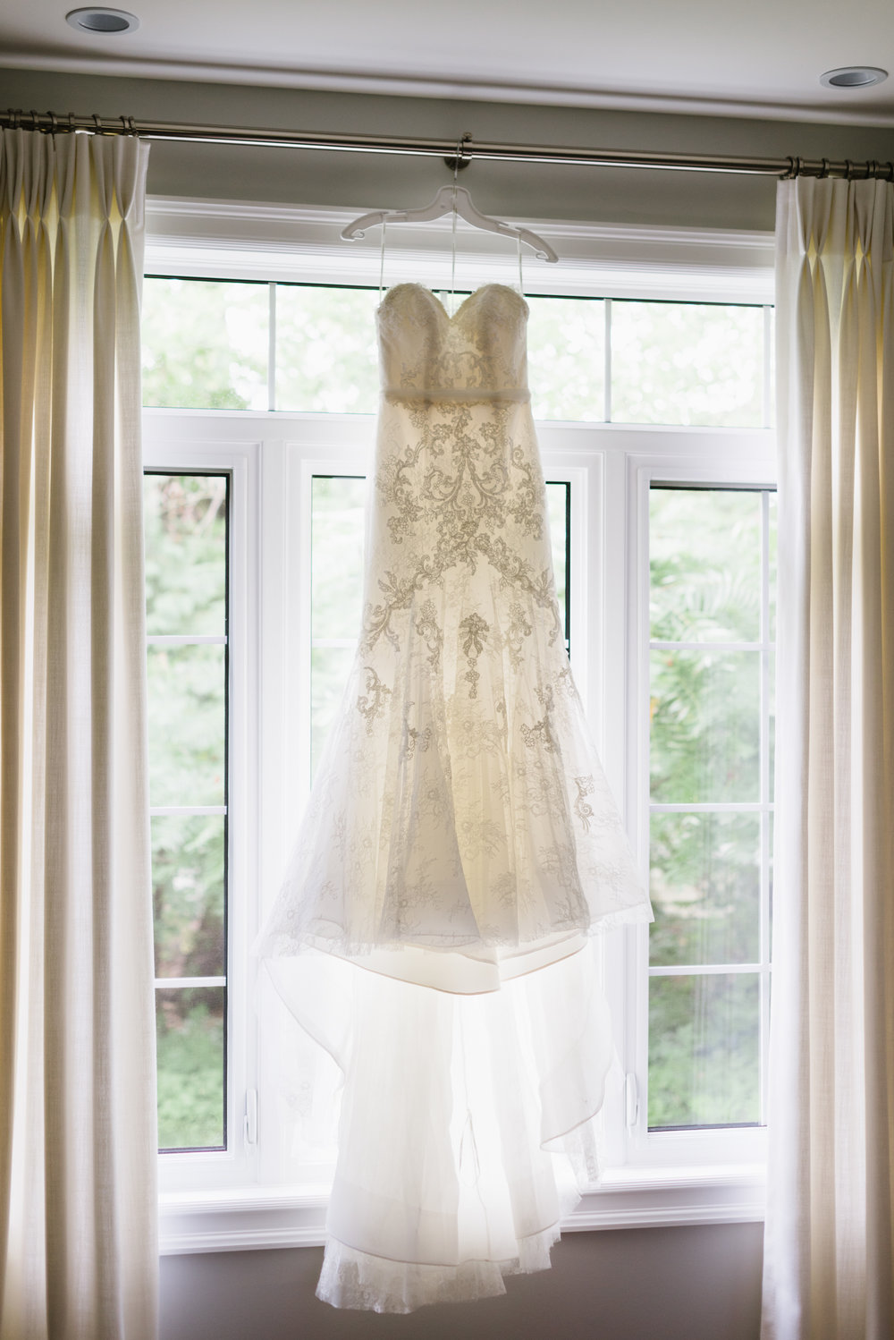 bride-dress-mermaid-lace-gown-window