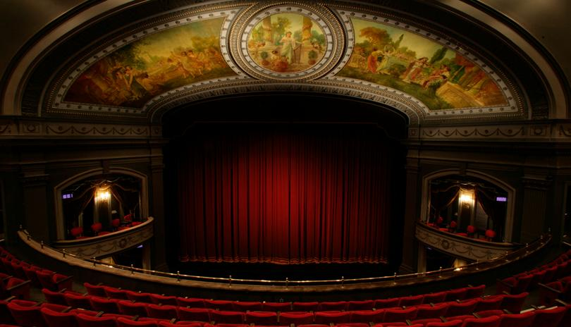 Wedding guests can spend their afternoon viewing a performance at The Grand Theatre, in the heart of downtown London. Photo Source:  London Tourism .