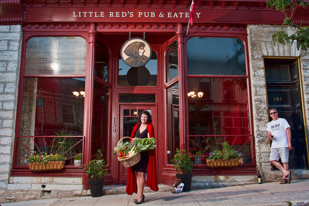 St. Marys offers a variety of quaint eateries such as Little Red's Pub & Eatery, which features sustainably-sourced, local ingredients on their menu.