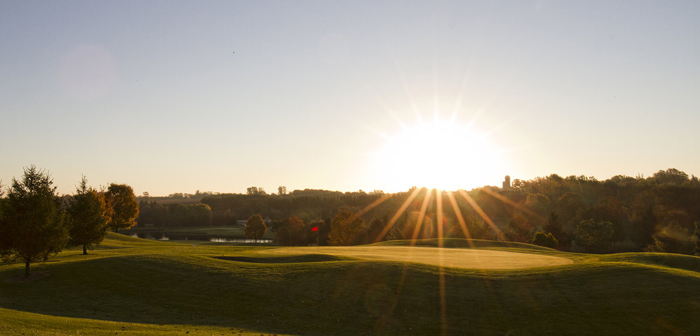 A round of golf at the  St. Marys Golf & Country Club  offers guests the opportunity to unwind while experiencing spectacular views and course conditions.