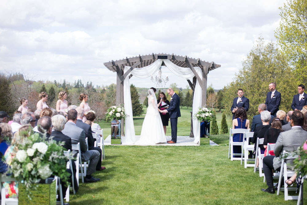 outdoor-ceremony-pergola-chandelier