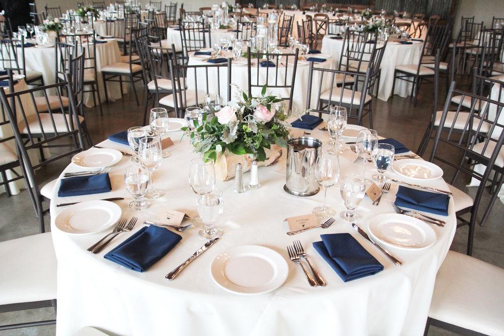 rustic_elegance_wedding_chaiavarichairs.JPG