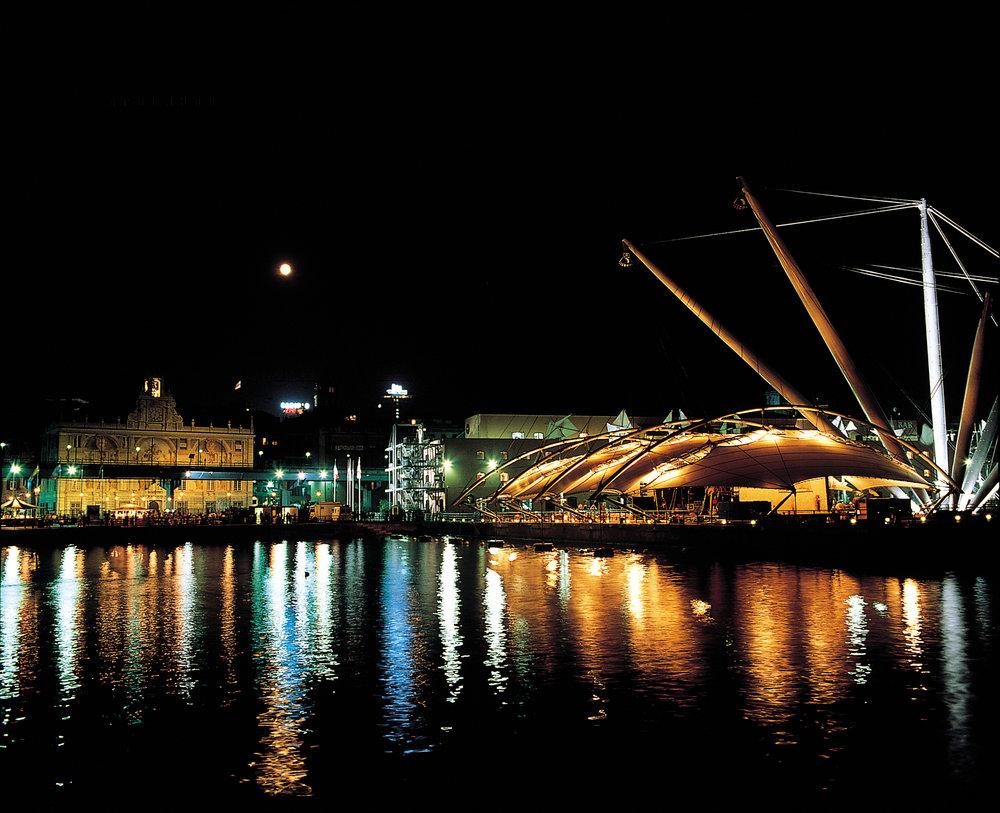Expo notte.jpg