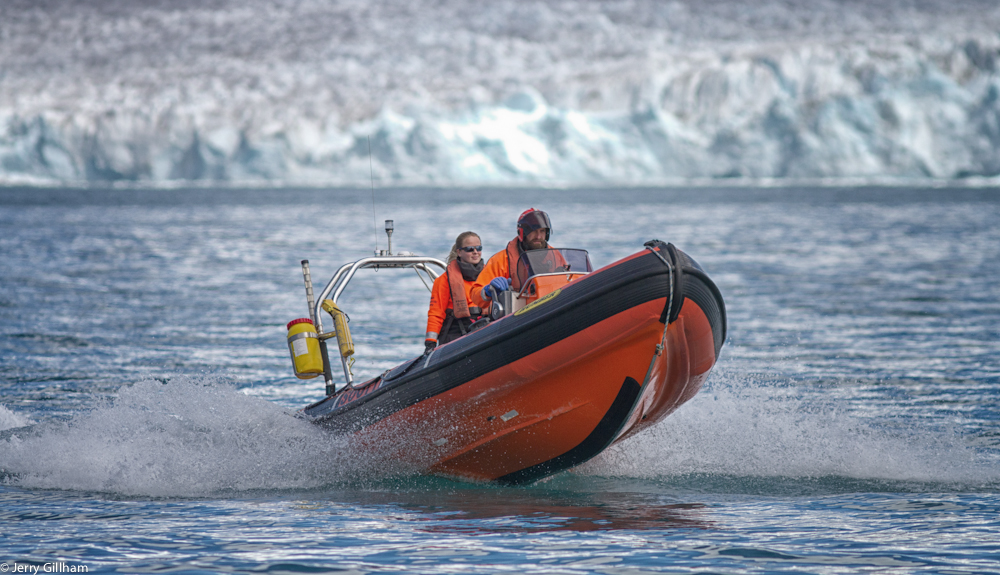 The new team got on with their duties including learning the boat handling and regulations. Here the doctor Cat and boating officer Jim power away from the Nordenskjold Glacier.
