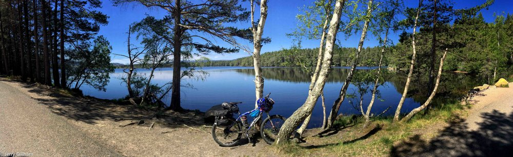 Loch Garten. I didn't have time to visit the osprey centre but enjoyed a snack beside the beautiful stillness.