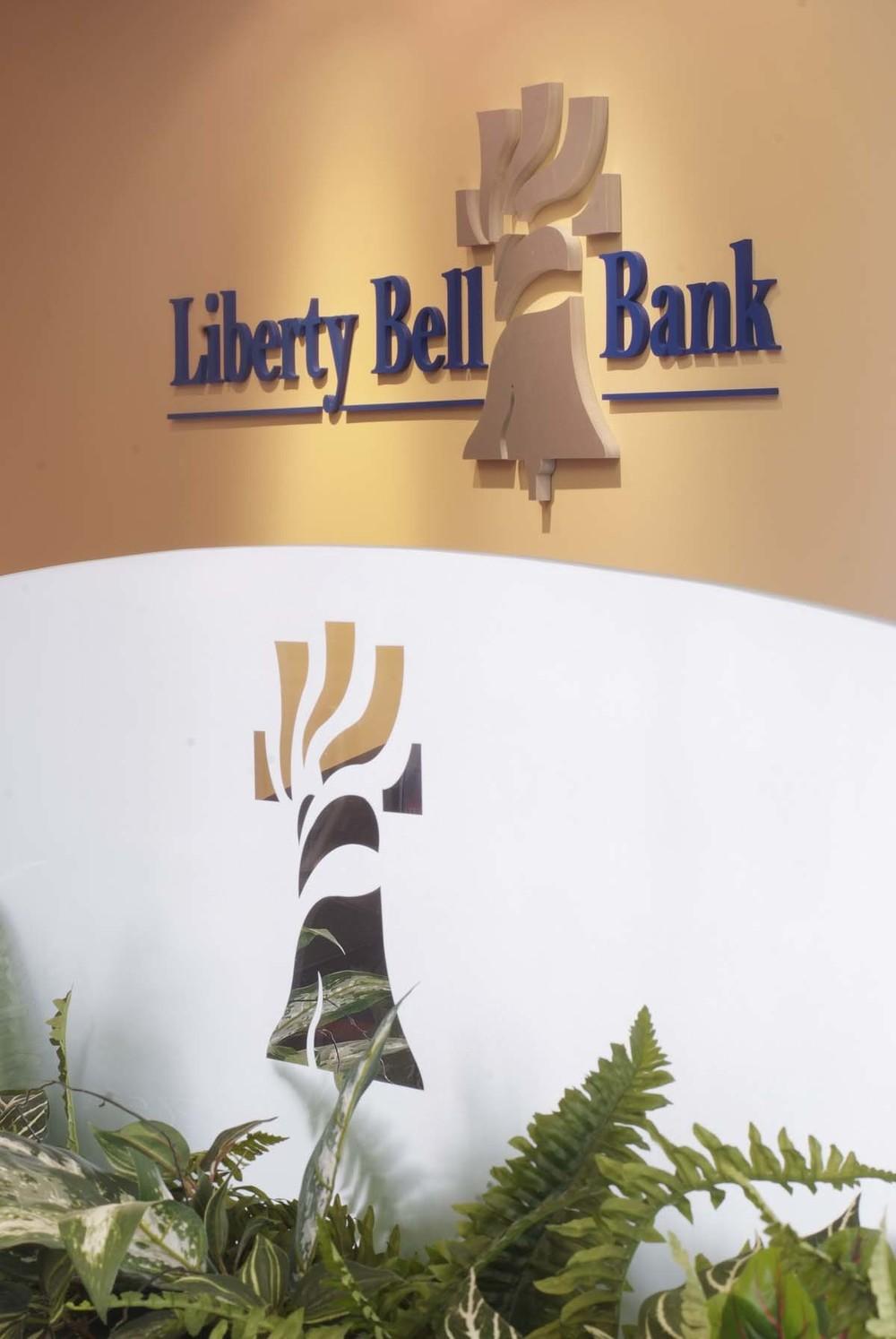 Bank3.jpg