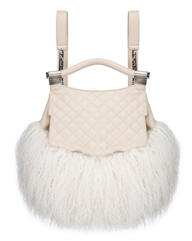 Make a statement with detail rich handbag photography. 📸 : STYLEEXPO PHOTOGRAPHY :: #photography #productphotography #fashionphotography #photos #design #designers #brands #fashion #fashionphotos #fashionphotographer #fashiondesigner #studio #studiophotography #fashionindustry #ecommerce #website #ecom #products #handbags #handbag #clutch #backpack