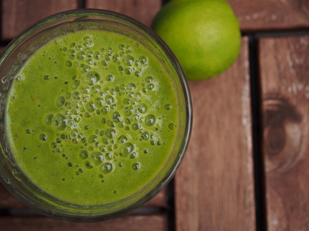 green-smoothie-1383437_1920.jpg