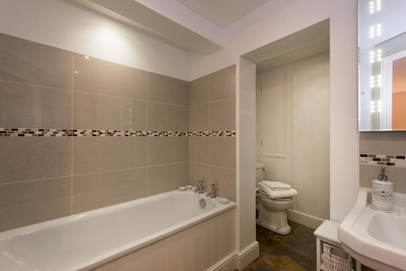 Rm 2 Bath 2.jpg