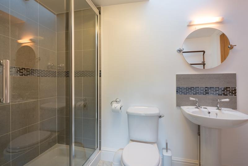 Fam Bath 2.jpg