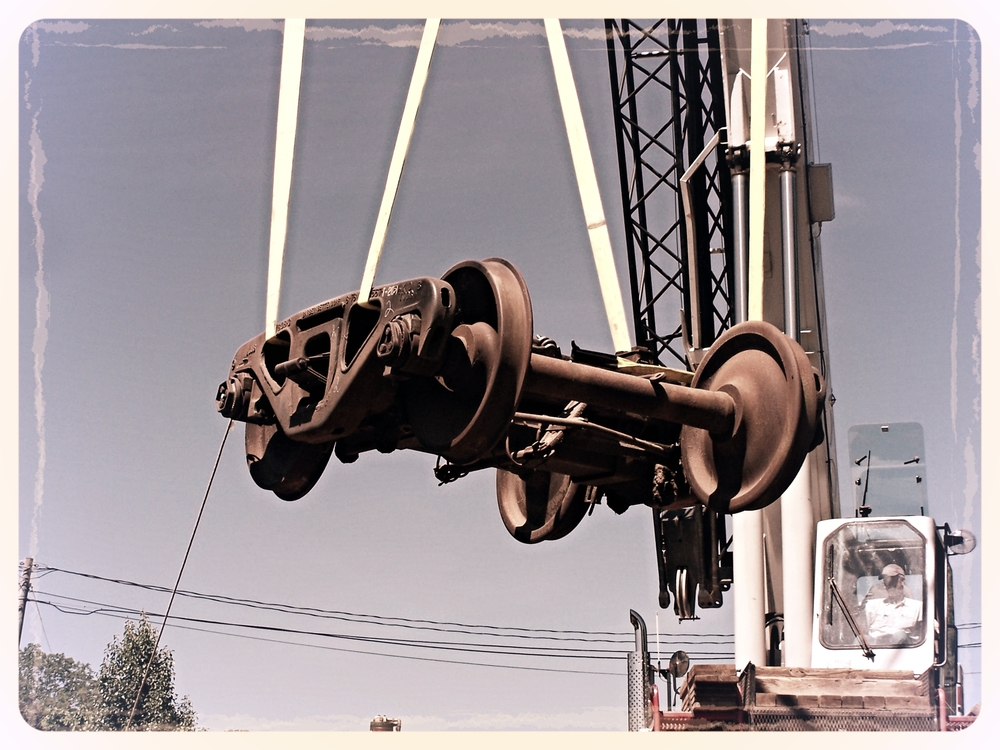 TruckLift2.JPG