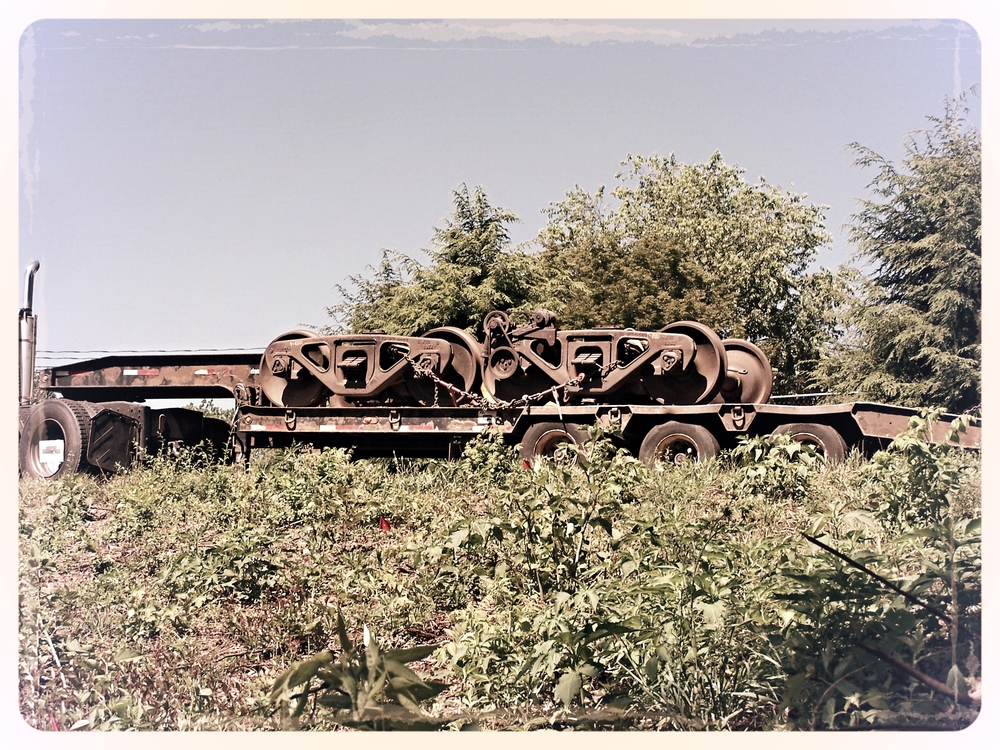 TrucksArrive.JPG