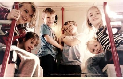 kids+at+WH.jpg