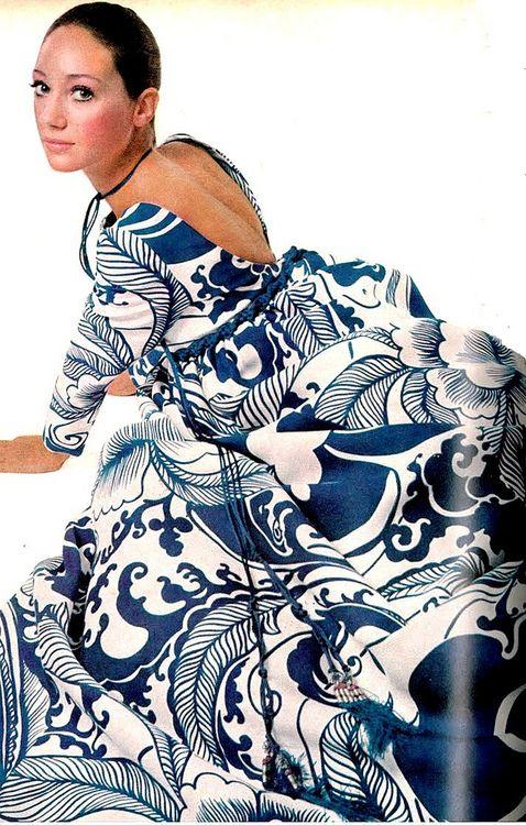 marisa berenson gown by richard tam bert stern vougue us march 1970.jpg
